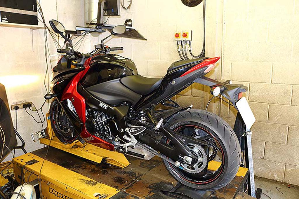 suzuki-gsx-s1000-throttle-error-problem.jpg